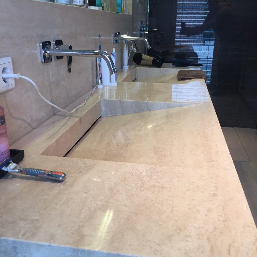 Bäder & Küchen – Knappe Steinflächensanierung